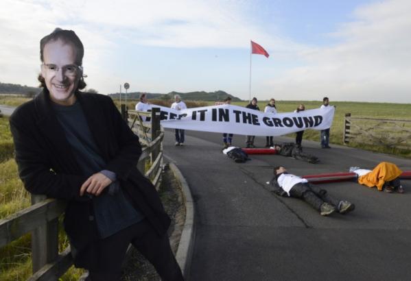 Shotton opencast coal mine blockade Gates 40 - photo by Nrthumberland Gazette