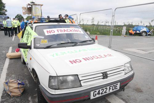 Car blockade Preston New Road
